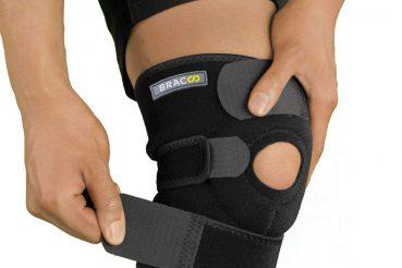 Open-Patella-Brace-Bracoo-Knee-Support